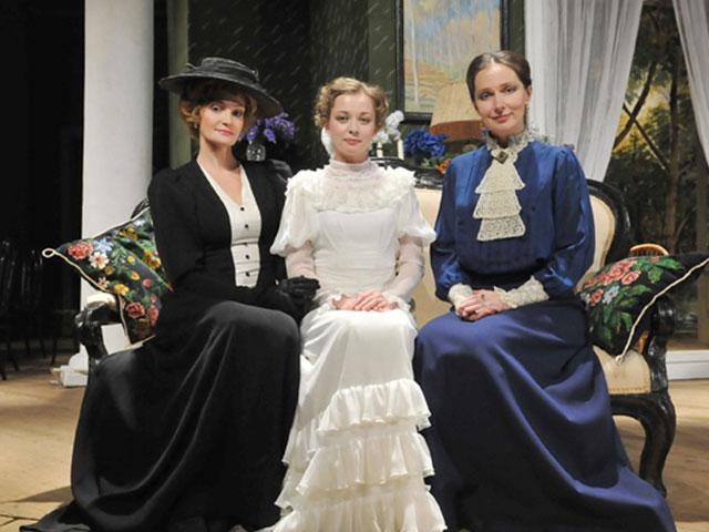 спектакль Три сестры в МХАТ имени Горького